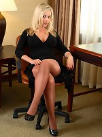 simply magnificent idea squirting midget pussie for the